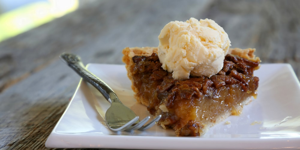 dopamine inducing bourbon pecan pie, happiness for health